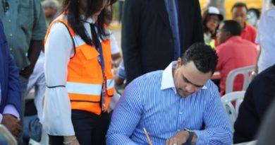 Realiza Censo de Taxis del Gran Santo Domingo y crear una base de datos para regular ese tipo de transporte