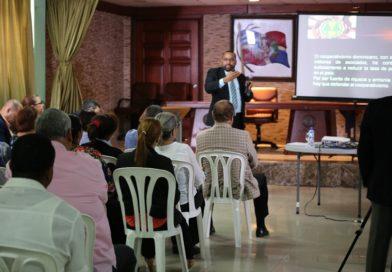 Idecoop promueve importancia del cooperativismo en el desarrollo de los pueblos