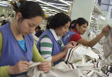 Analista Banco Mundial sugiere Invertir en las mujeres para aumentar la riqueza de un país