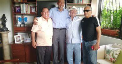 Hipólito Mejía gira visita a Franchi Prats miembro del Pabellón de la Fama del Deporte Dominicano