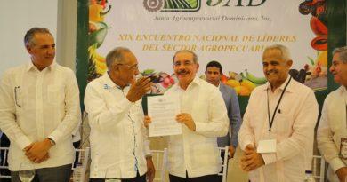 En encuentro de la JAD: Presidente Danilo Medina recibe prioridades del sector Agropecuario