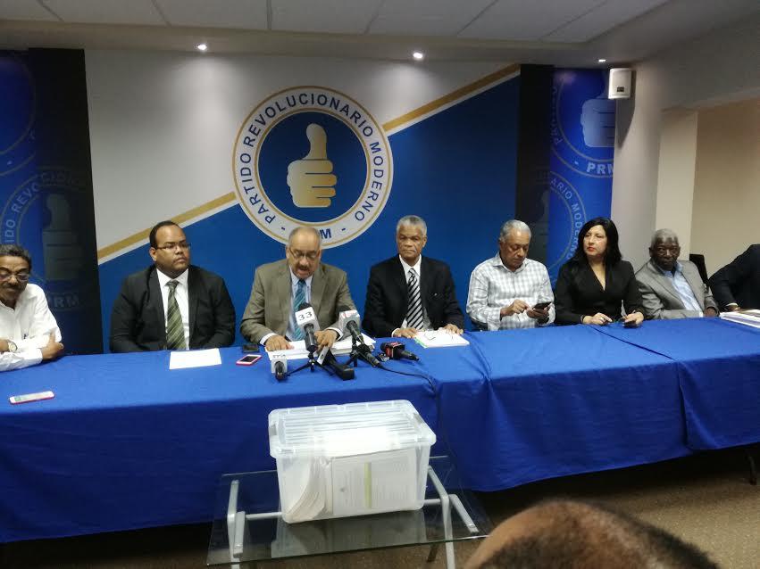 Leonardo Faña: Varios productos alimenticios encarecen sus precios al consumidor por los privilegios a José Ramón Peralta en su importación
