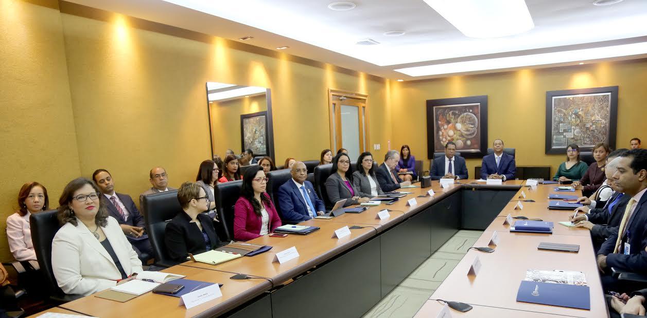 Instituciones Financieras del país serán evaluadas por organismo Latinoamericano según informó el Superintendente de Bancos