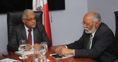 Con 18 años de retraso: Ministerio de Salud y CMD firman compromiso de impulsar unidos el modelo de Atención Primaria