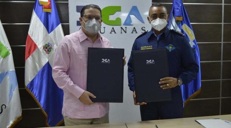 Aduanas y el CESAC firman acuerdo en materia de seguridad y control de los aeropuerto