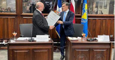 Hipólito Mejía es nombrado Embajador de Buena Voluntad para el Desarrollo Agrícola Sustentable