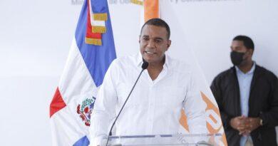 Senador de Espaillat exclama emocionado construcción Circunvalación en Moca