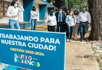 Carolina Mejía inicia en Gazcue construcción de aceras, contenes con rampas de accesibilidad